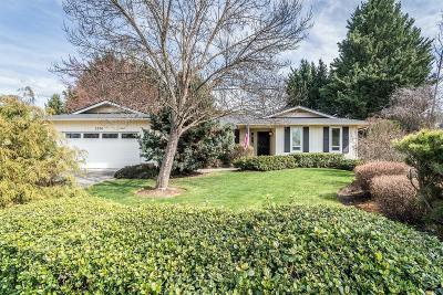 Jackson County, Josephine County Single Family Home For Sale: 2976 Leonard Avenue