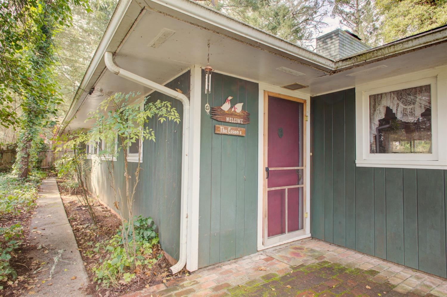 Listing: 2106 Applegate Avenue, Grants Pass, OR.| MLS# 2987083 | Buy  Southern Oregon Real Estate And Grants Pass Oregon Real Estate.