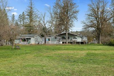 Grants Pass OR Single Family Home For Sale: $409,000