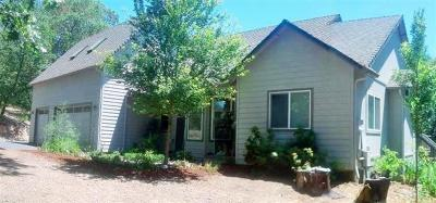 Grants Pass OR Single Family Home For Sale: $350,000
