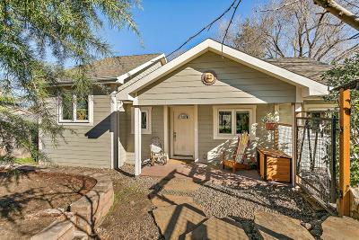 Ashland Single Family Home For Sale: 859 Glendale Avenue