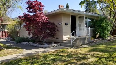 grants pass Single Family Home For Sale: 911 Campus Drive