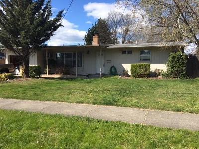 Medford Single Family Home For Sale: 1731 Johnson Street