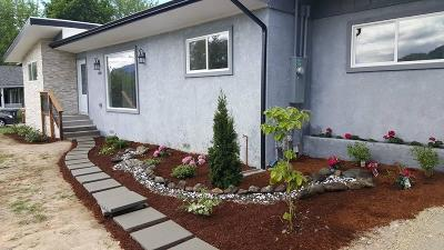 Grants Pass Single Family Home For Sale: 1808 NW Candler Avenue