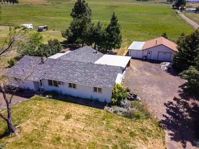 Ashland OR Single Family Home For Sale: $355,000