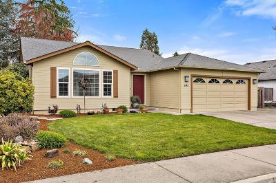 grants pass Single Family Home For Sale: 643 SW Leonard Street