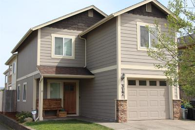 grants pass Single Family Home For Sale: 317 Bayou Place