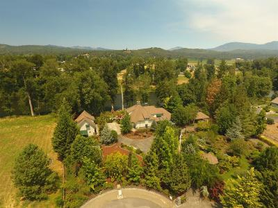 Grants Pass Single Family Home For Sale: 563 Rogue Ridge Drive