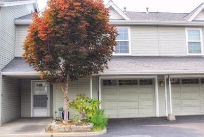 Medford Condo/Townhouse For Sale: 1224 N Modoc Ave. Avenue #54