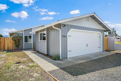 grants pass Single Family Home For Sale: 2561 Leonard Road