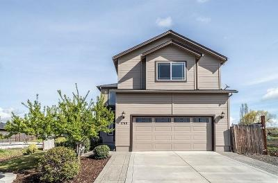 Medford OR Single Family Home For Sale: $360,000
