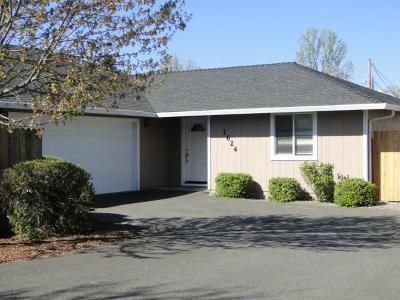 Grants Pass Single Family Home For Sale: 1624 Medart Lane