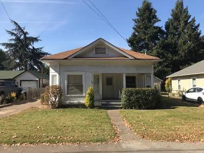 Medford OR Single Family Home For Sale: $125,000