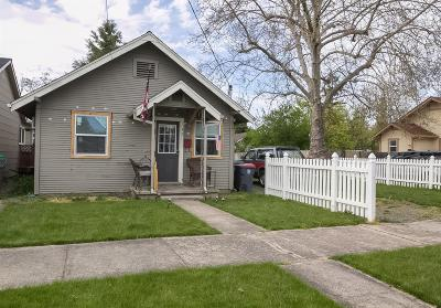 Medford OR Single Family Home For Sale: $90,000