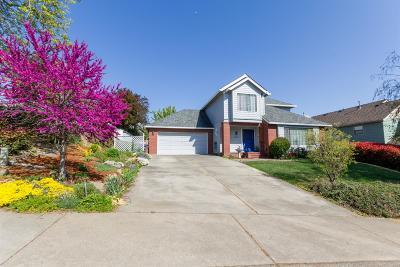 Medford Single Family Home For Sale: 2944 Hollyburn Ridge