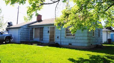 Single Family Home For Sale: 325 Barnett Street