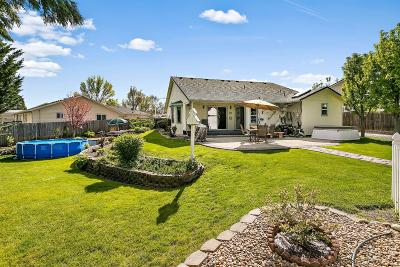 Central Point Single Family Home For Sale: 1119 Circlewood Court