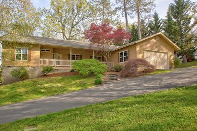 Josephine County Single Family Home For Sale: 3433 Amber Lane