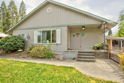 Josephine County Single Family Home For Sale: 1415 SW K Street
