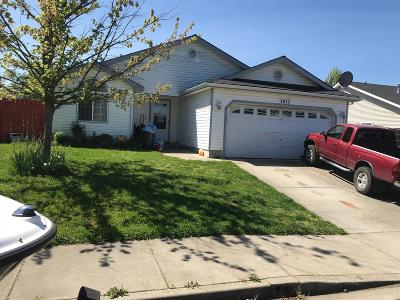 white city Single Family Home Active-Accepted SS: 7813 Laura Lane