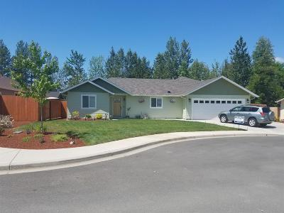 Grants Pass Single Family Home For Sale: 1518 SW Yucca Drive