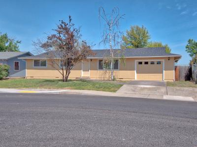 White City Single Family Home For Sale: 2849 Ingalls Drive
