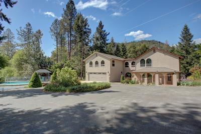 Josephine County Single Family Home For Sale: 8318 N Applegate Road