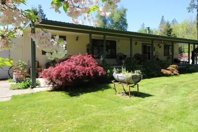 Josephine County Single Family Home For Sale: 760 Cedar Flat Road