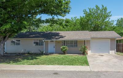 Medford Single Family Home For Sale: 1785 Hart Street