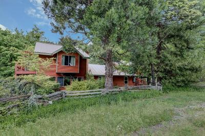 Jackson County, Josephine County Single Family Home For Sale: 9180 S Fork Little Butte Creek Road