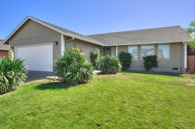 Jackson County, Josephine County Single Family Home For Sale: 7502 28th Street
