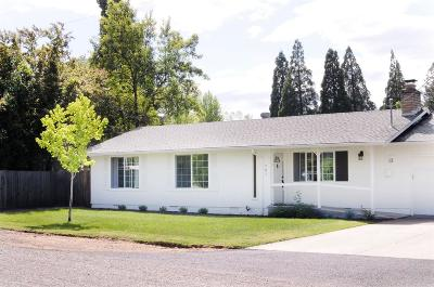 Jackson County, Josephine County Single Family Home For Sale: 701 Widean Lane