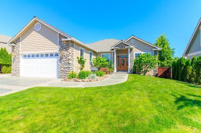 Eagle Point Single Family Home For Sale: 599 Arrowhead Trail