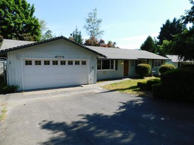 Grants Pass Single Family Home For Sale: 1679 Virginia Lane
