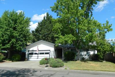 Grants Pass OR Single Family Home For Sale: $289,900