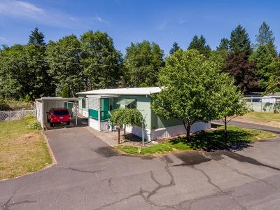 Cave Junction Mobile Home For Sale: 222 Ollis Road #51