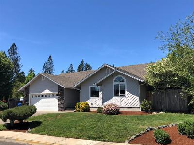 Grants Pass OR Single Family Home For Sale: $284,900