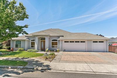 Eagle Point Single Family Home For Sale: 368 Robert Trent Jones Boulevard