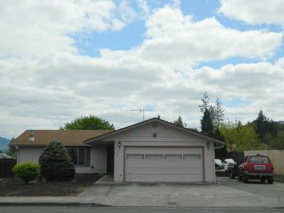 Grants Pass Single Family Home For Sale: 959 NW Morgan Lane