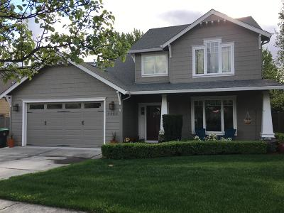Medford Single Family Home For Sale: 3604 Fieldbrook Avenue