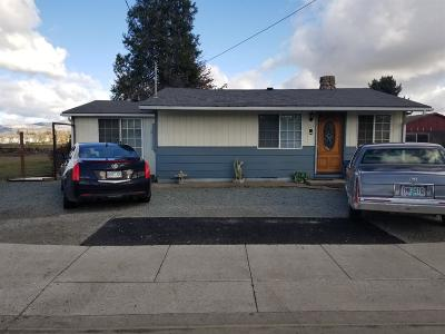 Medford OR Single Family Home For Sale: $254,900