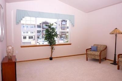 Ashland Condo/Townhouse For Sale: 841 Pavilion Place
