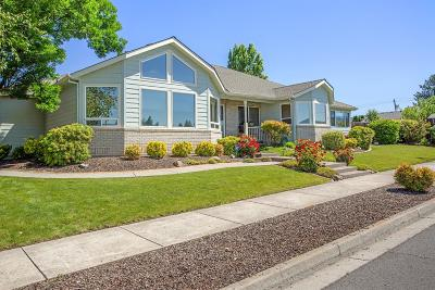 Single Family Home For Sale: 1429 Larson Creek Drive