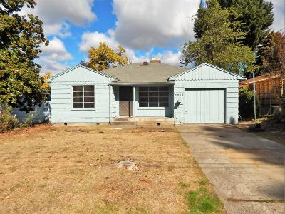 Single Family Home For Sale: 1215 E Main Street