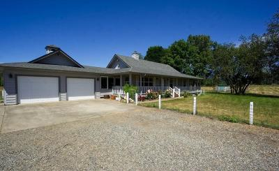 Selma, Wilderville Farm For Sale: 4600 Lake Shore Drive
