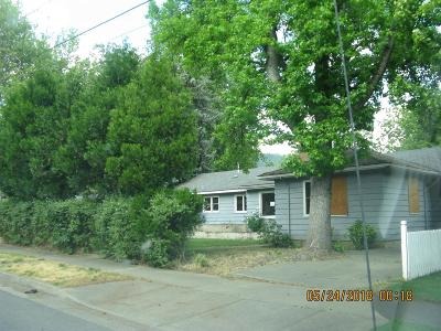 Grants Pass OR Single Family Home For Sale: $144,900