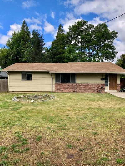 Grants Pass OR Single Family Home For Sale: $245,000