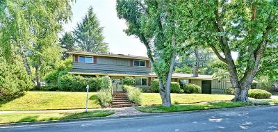 Medford OR Single Family Home For Sale: $430,000