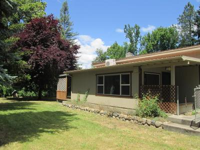 Grants Pass Single Family Home For Sale: 400 W Park Street