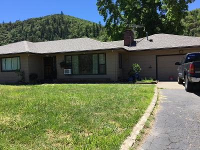 Jackson County, Josephine County Single Family Home For Sale: 10895 Old Stage Road